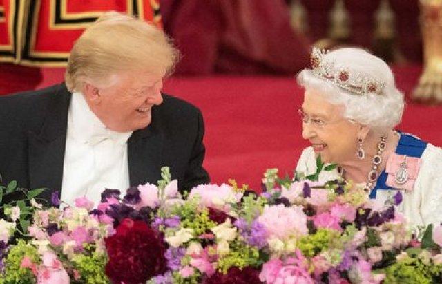 La reina Isabel junto con el presidente de Estados Unidos, Donald Trump, durante su visita al Castillo de Windsor, el 13 de julio de 2018