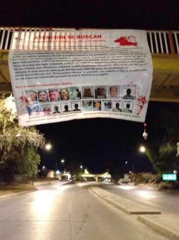 Since the middle of last year the CDG hung narcomantas against the CJNG (Photo: Twitter @ vigilantehuaste)
