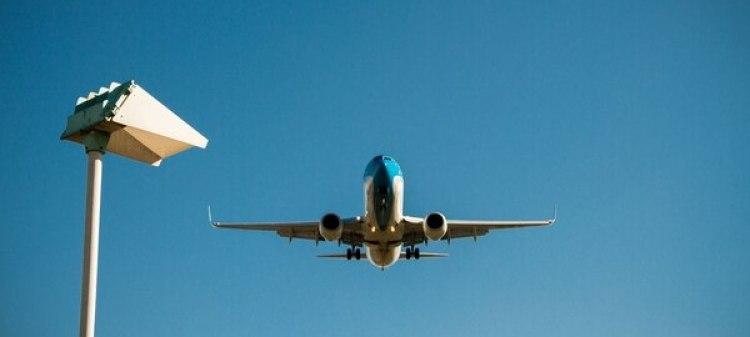 Las aerolíneas ven sus costos afectados por la suba del petróleo (IStock)