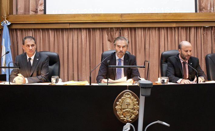 Los jueces Javier Carbajo, Gustavo Hornos y Mariano Borinsky