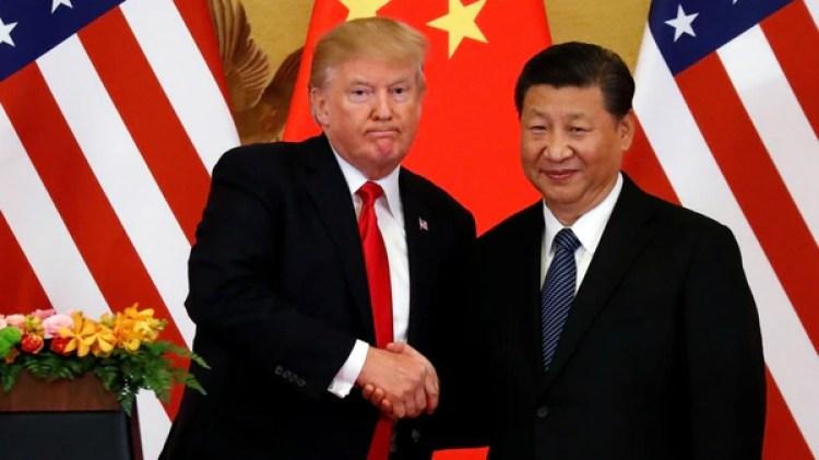 El presidente de Estados Unidos, Donald Trumop, junto a si par chino Xi Jinping