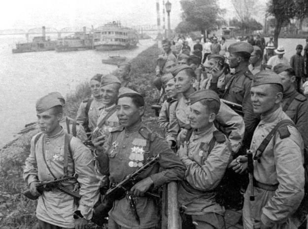 tentara soviet di china dalam perang dunia 2