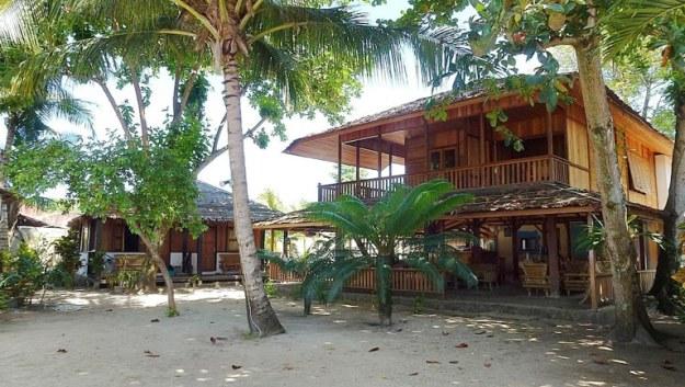 onong resort siladen recommended penginapan di pulau siladen manado