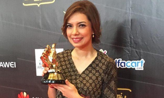 najwa shihab meraih banyak penghargaan dalam karir jurnalistiknya