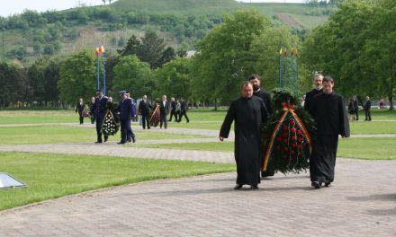 Depunere de coroane pe Campia Libertatii – 15 mai 2010