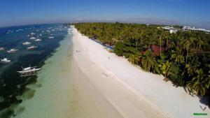 Alona Beach Tawala Bohol Philippines 001