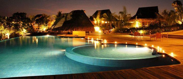 eskaya pool night