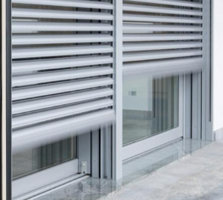 Serramenti per esterni finestre porte portoni cancelli