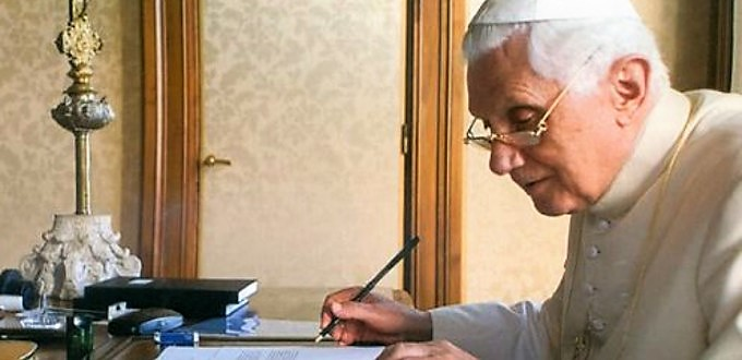 Benedicto XVI cree que la revolución sexual y el colapso de la teología moral son la causa de los escándalos por abusos