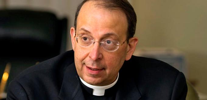 El arzobispo de Baltimore anuncia la retirada del ministerio público de dos obispos eméritos acusados de abusos