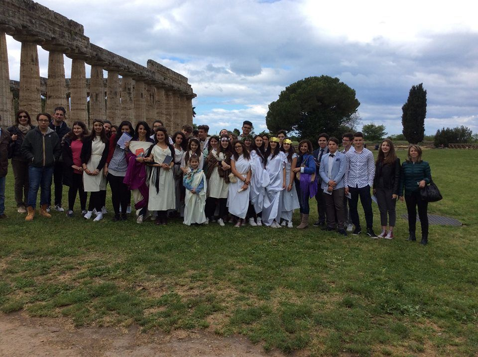 Il Grand Tour rivive con gli allievi del Parmenide in un reading nei templi di Paestum