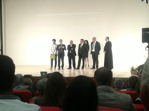 teatropolicastro2