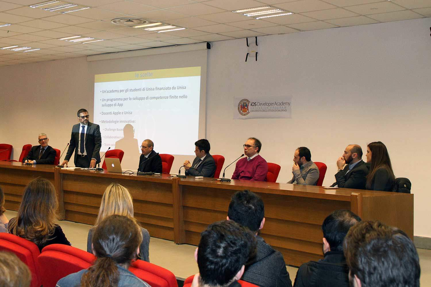 Inaugurata la Apple iOS Academy presso l'Università di Salerno