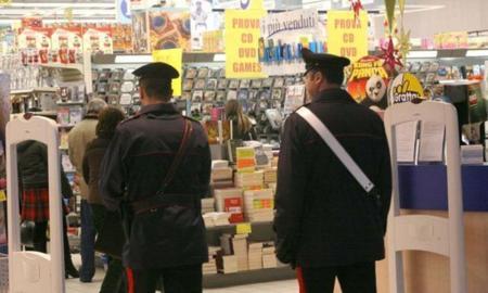 carabinieri-in-supermercato-2
