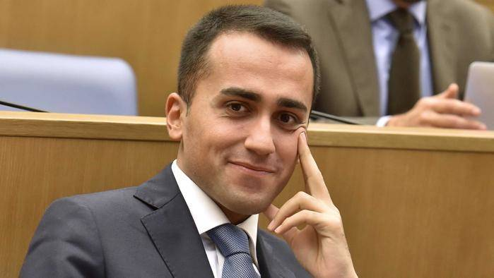 "Photo of Luigi di Maio a Salerno: ""unica certezza è mai con De Luca"""