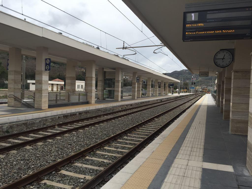 Photo of FrecciArgento in Cilento: Castellabate si muove, Agropoli resta immobile