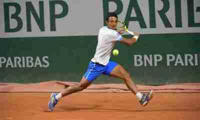 Tenista boliviano Hugo Dellien en Roland Garros
