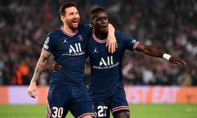 Gol de Messi al Manchester