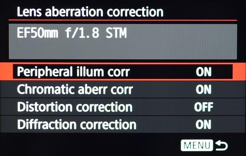 Koreksi lensa termasuk mengatasi vignetting, distorsi, CA dan mengatasi difraksi.