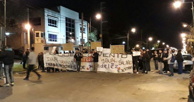 Trabajadores de Mondelez realizan corte por reclamos