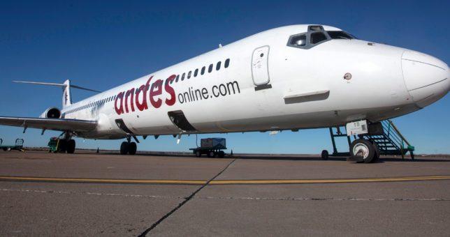 Andes no paga los salarios y los pilotos paralizaron hoy los vuelos
