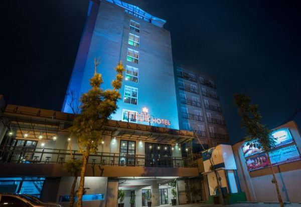 Maple Hotel Grogol Jakarta Barat