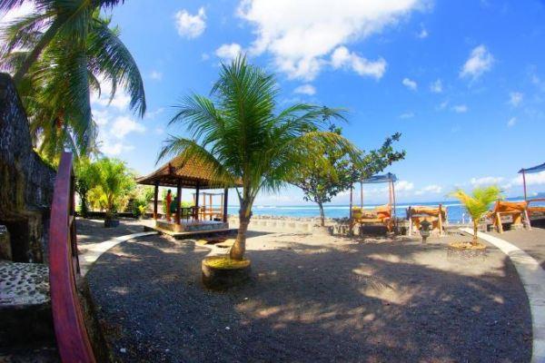 Hotel Murah dan Bagus di Candidasa Bali Dekat Pantai