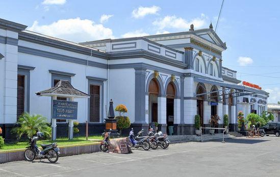 Hotel Murah Sekitar Stasiun Solo Jebres