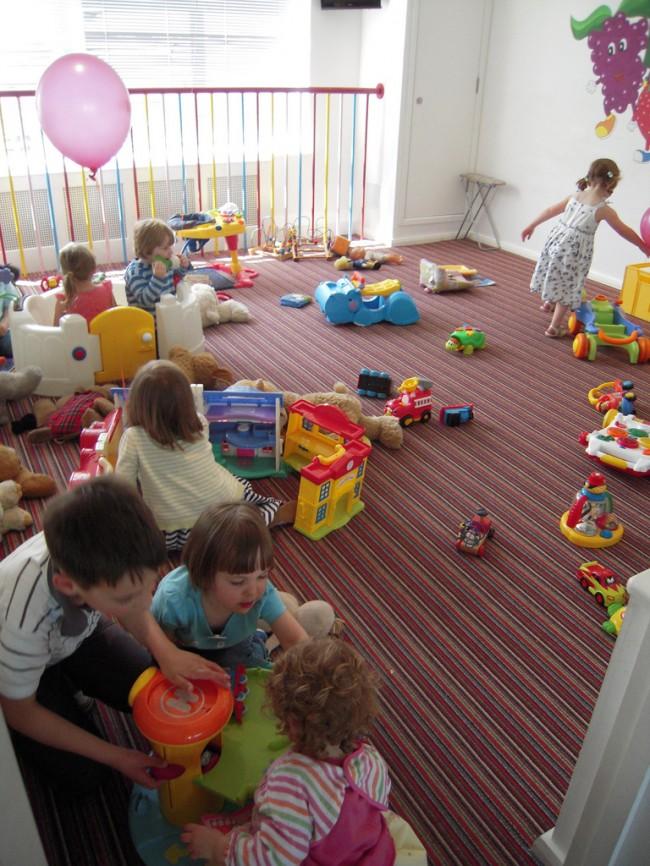 little-children-playing-in-the-park-lyrics-213