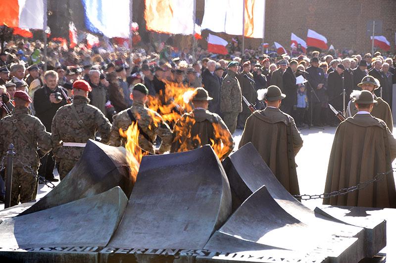 Wielkie Świętowanie Niepodległości pod Wawelem [ZDJĘCIA + VIDEO]