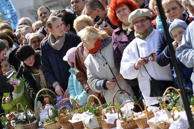 Święcenie Pokarmów 2012. Fot. Bogusław Świerzowski / INFO Kraków24