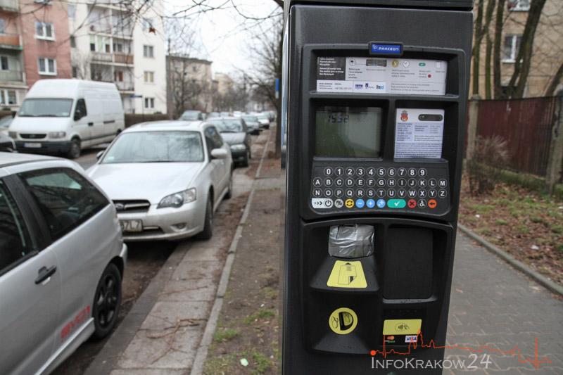 Opłaty za parkowanie zawieszone do 3 maja