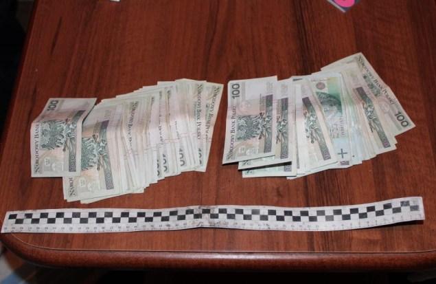 Zabezpieczone pieniądze .Fot.Policja Małopolska
