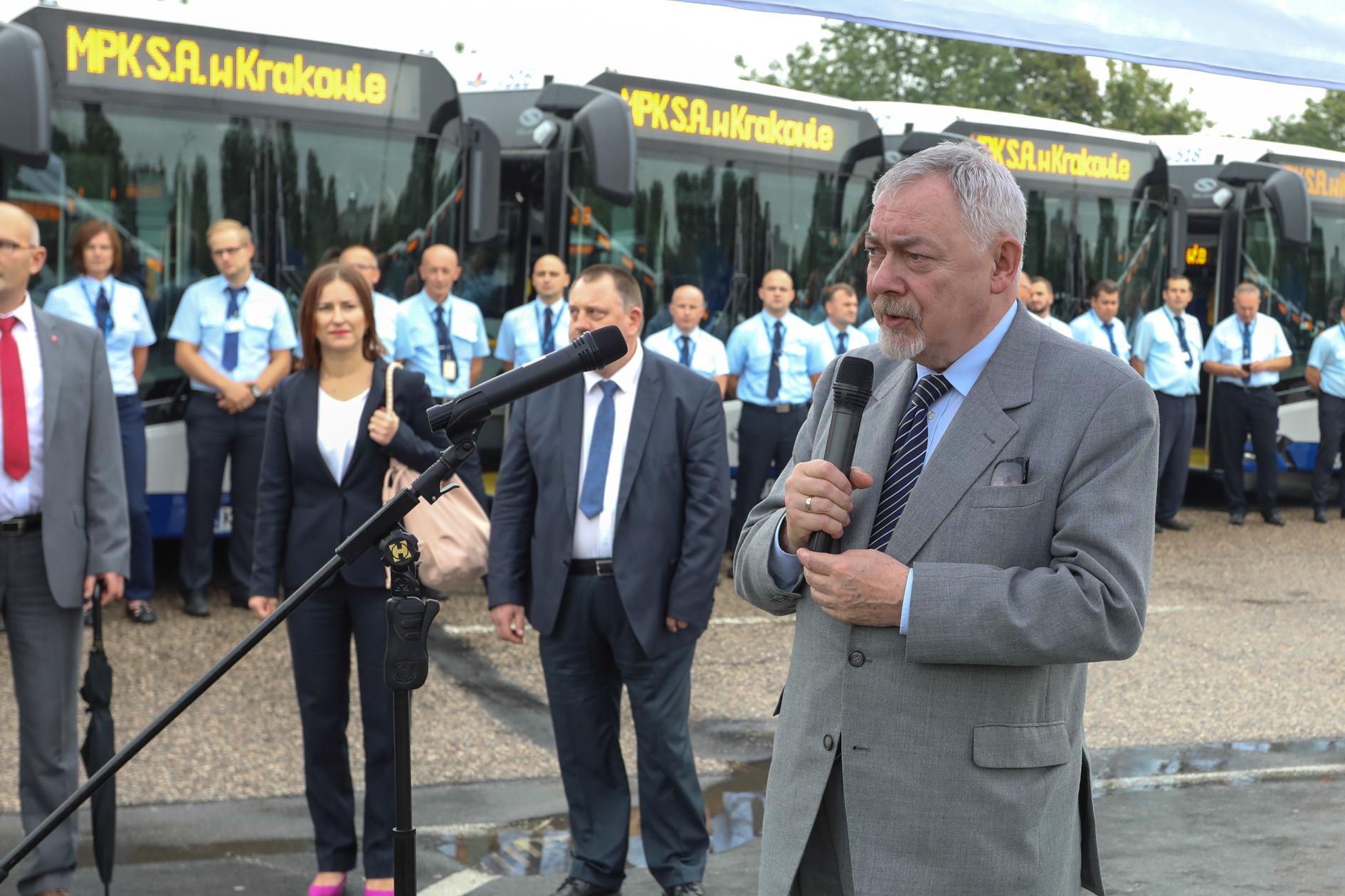 38 nowych autobusów przegubowych będzie wozić pasażerów
