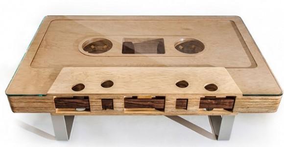Table basse en forme de cassette audio