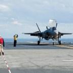 Nowe ujęcia z lądowań F-35B – video