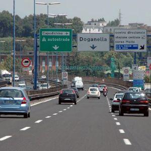 Napoli Salerno, cinque ore di coda; Autostrade Meridionali condannate a pagare. La Radiazza: facciamo causa anche alla Tangenziale