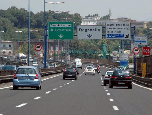 Tangenziale di Napoli: aumenti in arrivo tra Luglio e Gennaio del prossimo anno