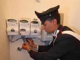 Casoria, si allaccia alla rete elettrica abusivamente e finisce agli arresti domiciliari.