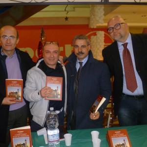 Il sogno di Marat in fuga dal Turkmenistan, il libro di Lello Lucignano