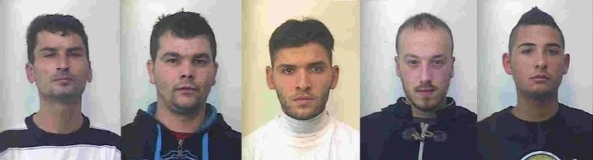 Minacciavano, picchiavano e derubavano prostitute. Arrestati dai carabinieri