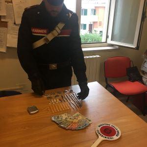 Melito, organizzano una piazza di spaccio ma i carabinieri bloccano tutto.