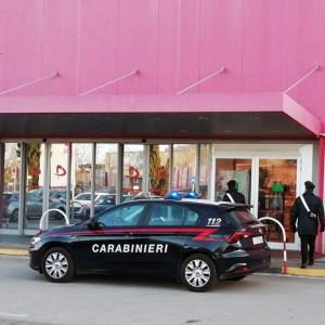Casoria, otto misure cautelari per furti nei centri commerciali e per spaccio di droga