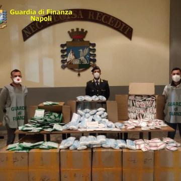 Coronavirus, 116 mila mascherine illegali sequestrate. Due cinesi denunciati