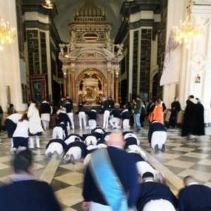 Coronavirus, stop a Fujenti e altre manifestazioni religiose. La nuova ordinanza di De Luca.
