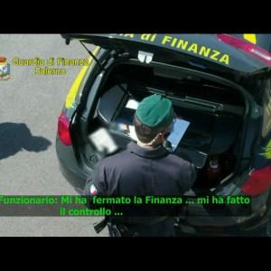 Traffici illeciti nel porto di Salerno: 69 indagati. Il video con le intercettazioni
