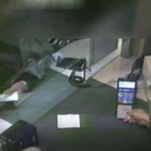 Carte di credito rubate: sgominata la banda. 122 persone truffate e acquisti illeciti per migliaia di euro