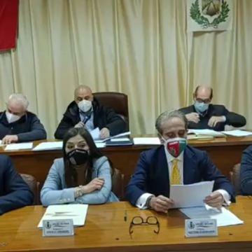 """Grumo Nevano, zona ASI : il cavillo legale della pubblica utilità. Il consigliere Agnese Scarano: """"Il Comune doveva rifiutare l'adeguamento del PRG"""""""