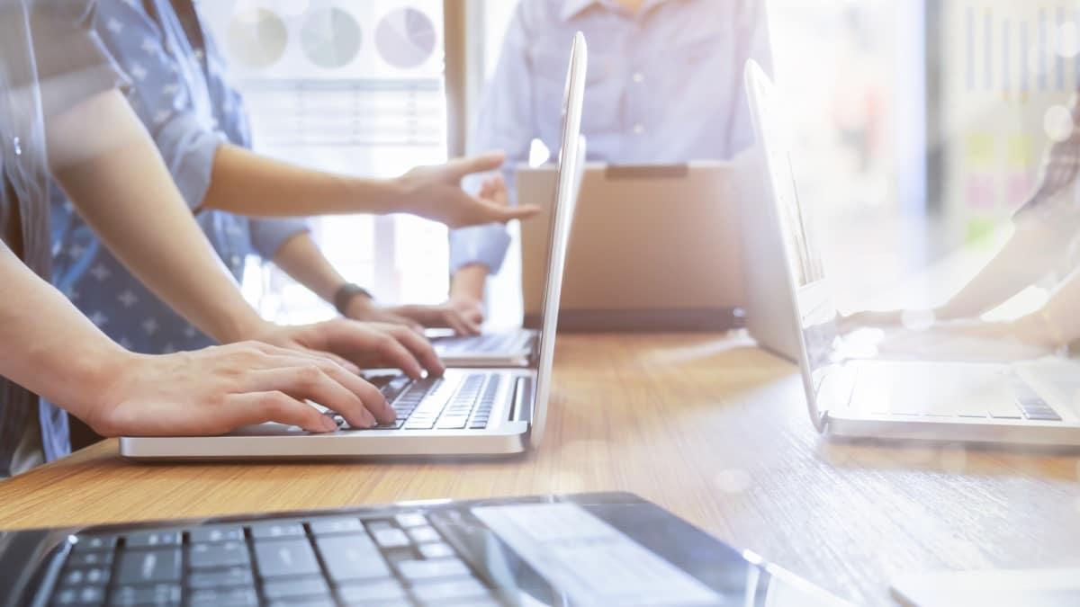 Convocatoria de proceso selectivo para cubrir 460 plazas del Cuerpo de Técnicos Auxiliares de Informática de la Administración del Estado