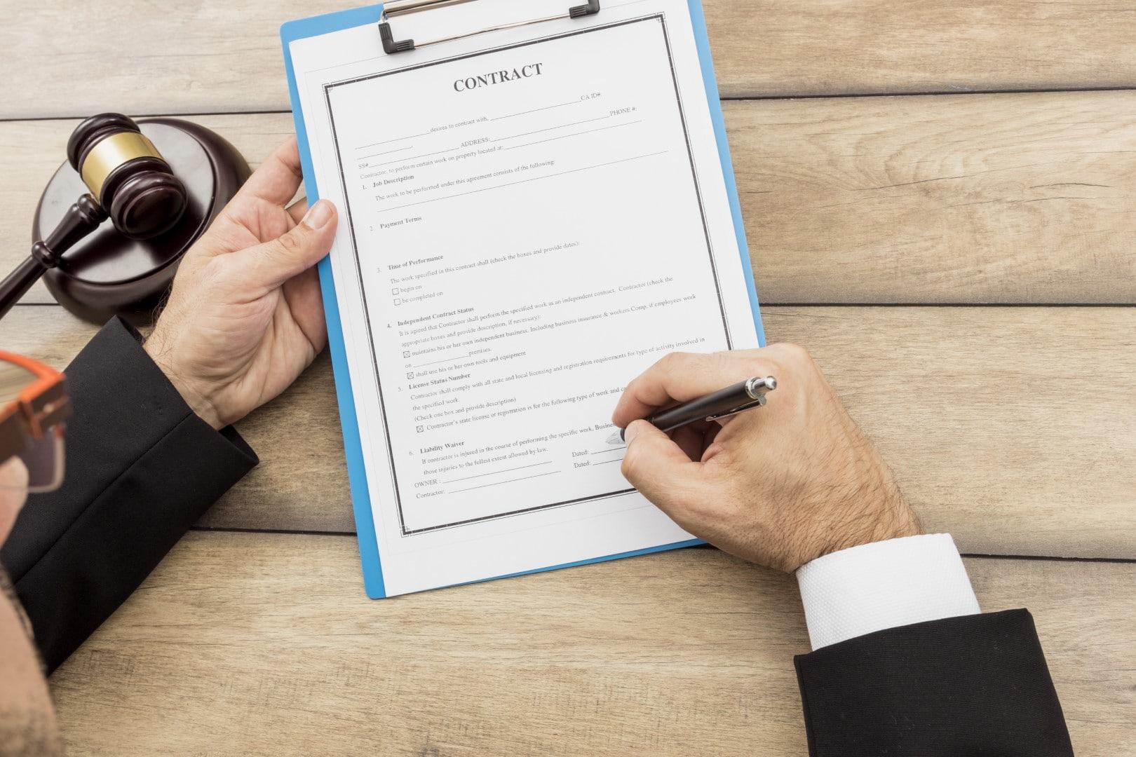 Convocatoria de proceso selectivo para cubrir 100 plazas para la obtención del Título de Notario/a de la Dirección General de los Registros y del Notariado del Ministerio de Justicia